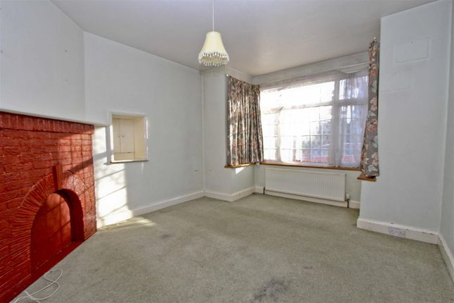 Family Room of Court Drive, Hillingdon UB10