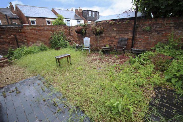 Garden Copy of St. James Street, Stapleford, Nottingham NG9