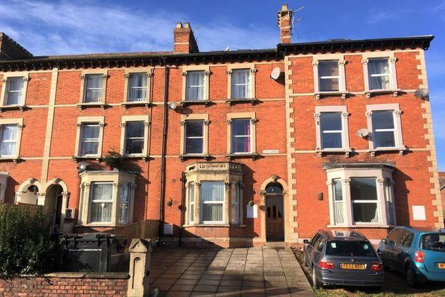 Thumbnail Flat to rent in Cheddon Road, Taunton, Somerset