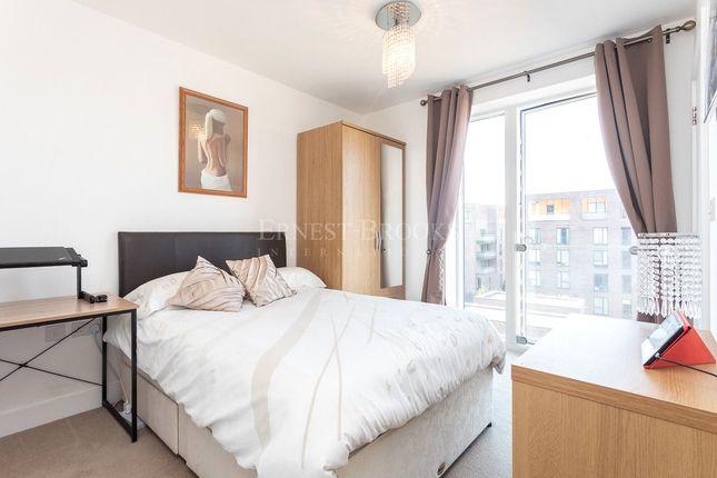 Picture No. 02 of Bainbrigge Court, 15 Rennie Street, Greenwich SE10