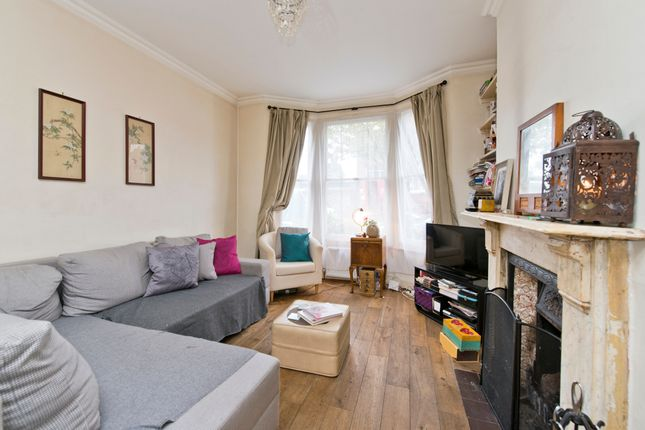 4 bed terraced house for sale in Silvester Road, London