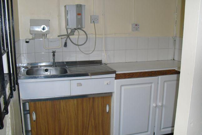 Kitchenette of High Street, Ecclesfield S35