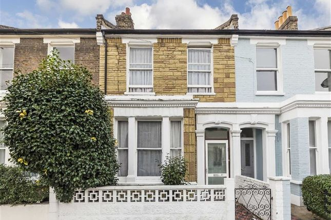 3 bed property for sale in Kay Road, London