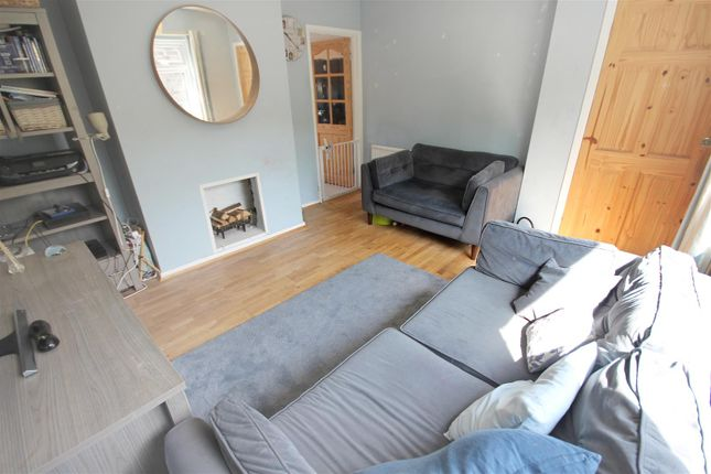 Lounge of Tadcaster Road, Sheffield S8
