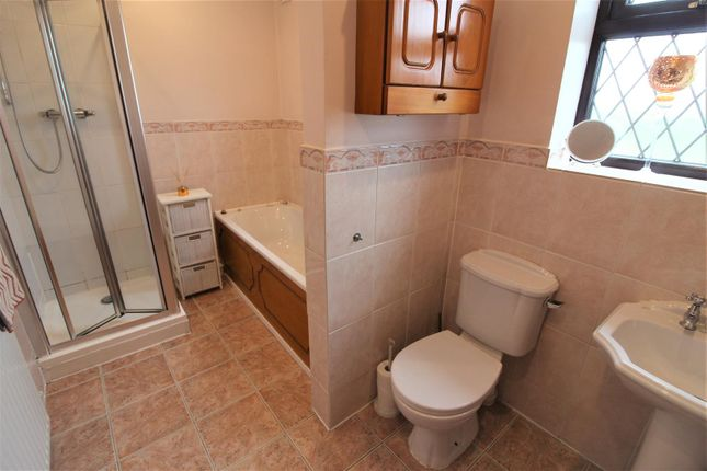 Family Bathroom of Bowling Bank, Wrexham LL13