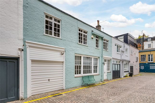 Thumbnail Mews house for sale in Victoria Grove Mews, Notting Hill, London, Rbkc