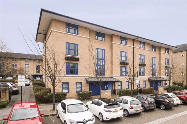 Thumbnail Flat to rent in North Row, Central Milton Keynes, Milton Keynes
