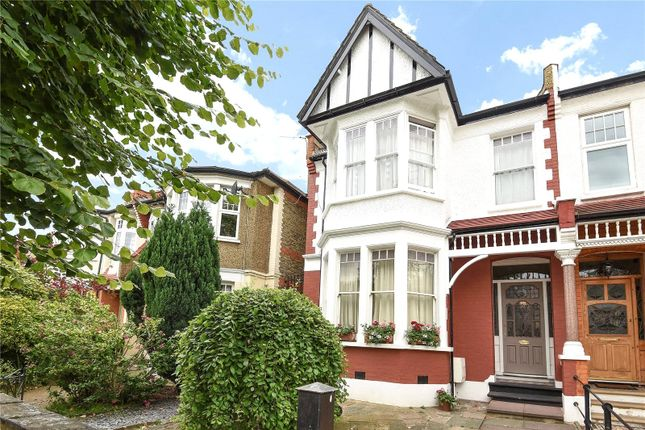 Thumbnail Flat for sale in Lakeside Road, Palmers Green, London