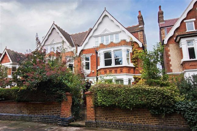 Thumbnail Detached house to rent in Twyford Crescent, Acton, London