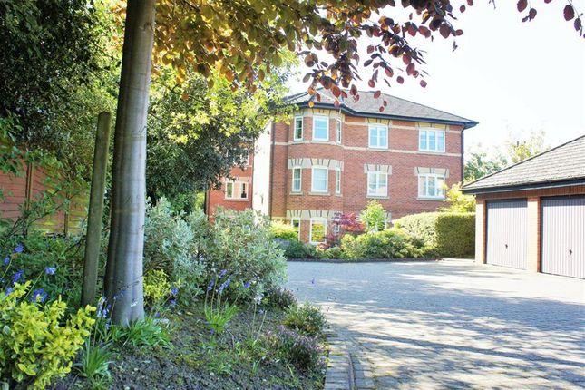 Thumbnail Flat to rent in Horseshoe Lane, Alderley Edge, Cheshire