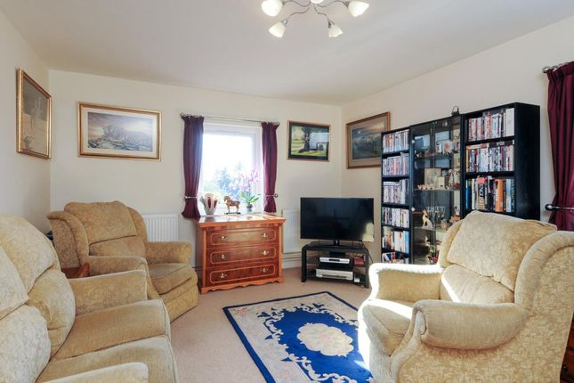 Thumbnail Maisonette for sale in Finsbury Place, Chipping Norton