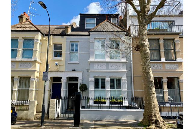 Thumbnail Terraced house for sale in Clonmel Road, Fulham
