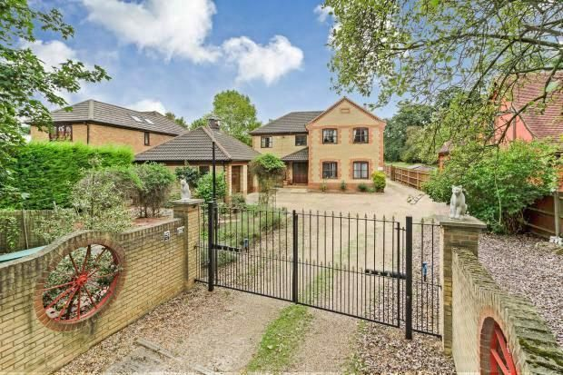 Thumbnail Detached house for sale in Paxton Hill, Great Paxton