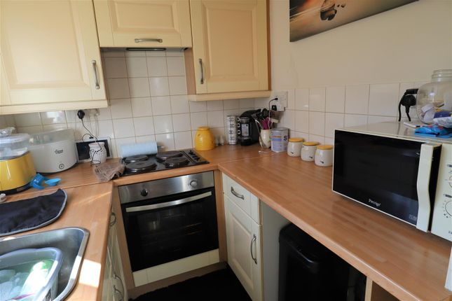 Kitchen Area of Chesney Road, Lincoln LN2