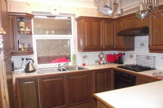 Thumbnail Property to rent in Grove Road, Gosport