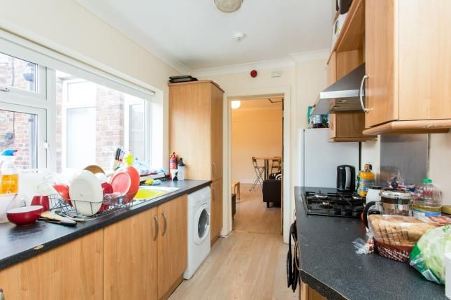 Thumbnail Flat for sale in Dinsdale Road, Sandyford, Newcastle Upon Tyne, Tyne And Wear