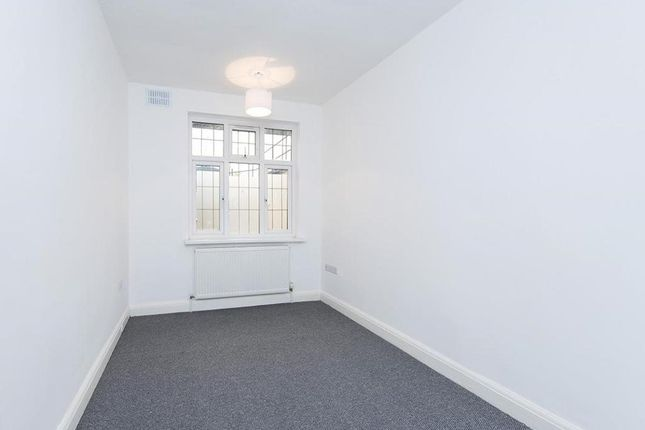 Photo 9 of Wendover Court, Finchley Road, London NW2