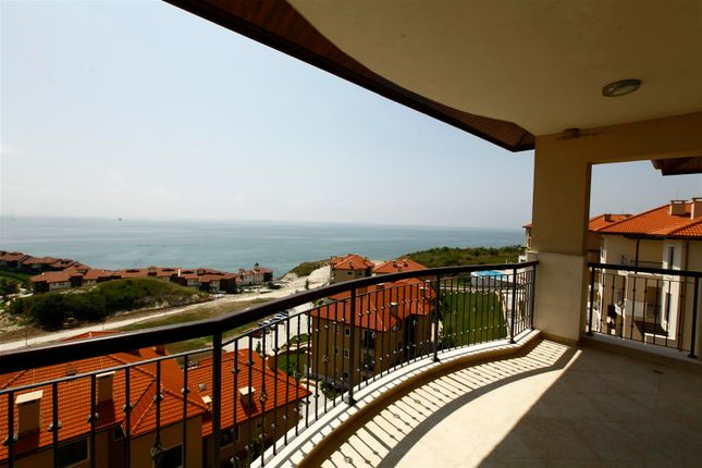 Thumbnail Apartment for sale in Thracian Cliffs, Varna, Bulgaria