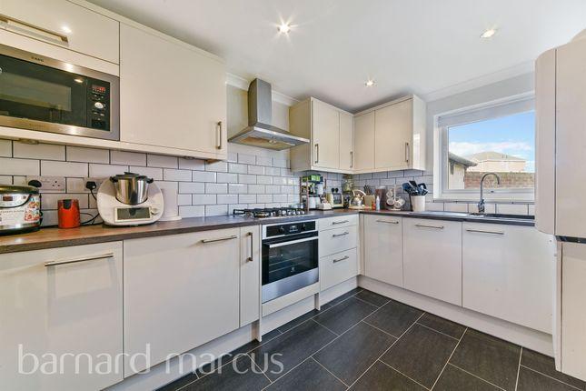 Thumbnail Detached house for sale in Kelvin Gardens, Croydon