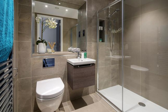 Bathroom of The Halley, Dollis Avenue, Finchley N3