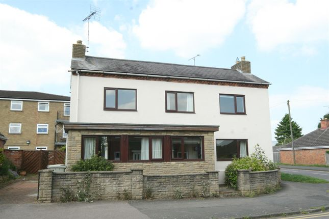 Thumbnail Detached house to rent in Braunston Road, Oakham