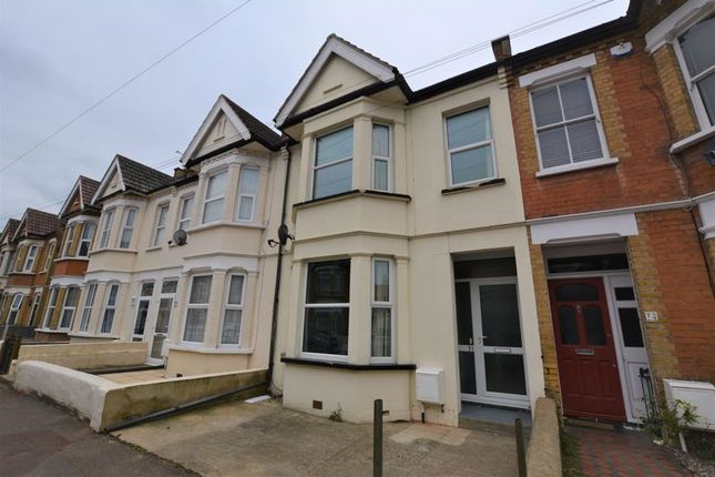 3 bed terraced house to rent in Richmond Street, Southend-On-Sea SS2