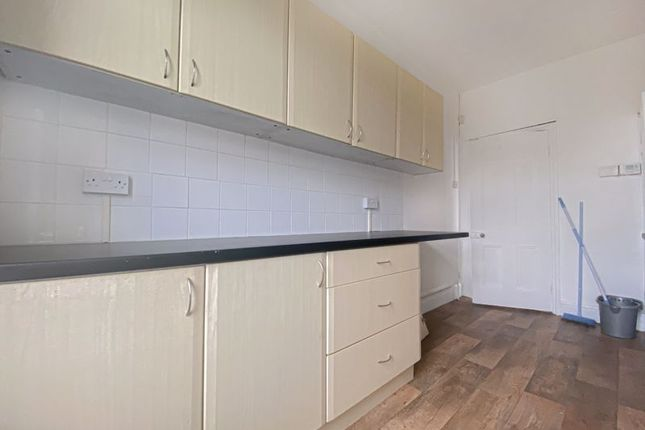 Flat to rent in Ventnor Road, Cwmbran