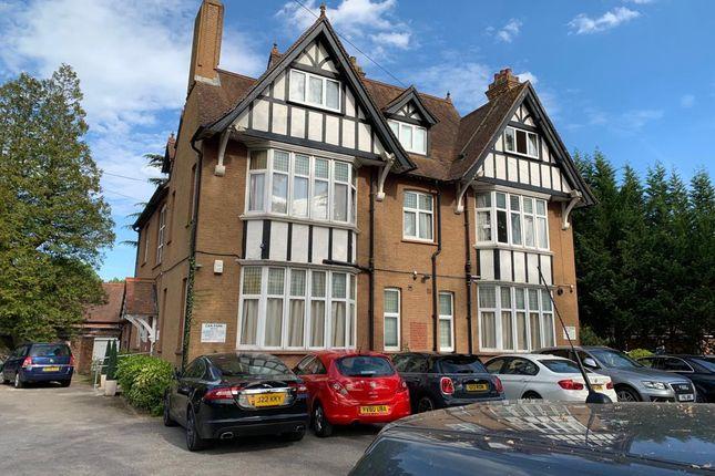 Thumbnail Hotel/guest house for sale in Bonehurst Road, Horley