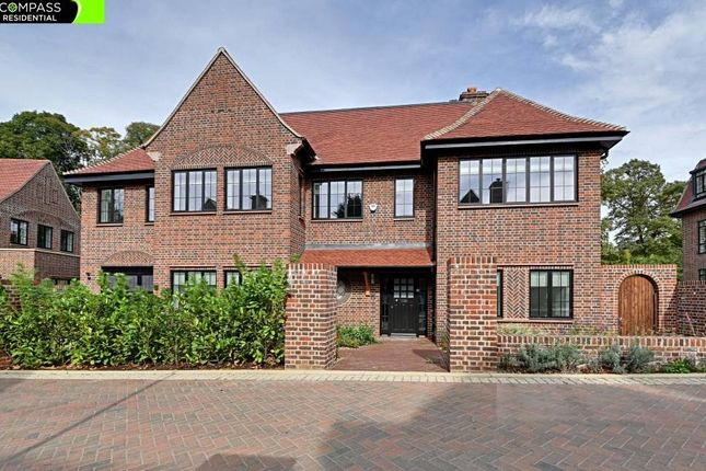 Thumbnail Detached house to rent in Chandos Way, Golders Green, London
