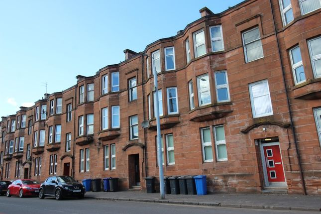 3 bed flat to rent in Whitecrook Street, Clydebank, West Dunbartonshire G81