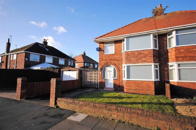 3 bed property to rent in Rossington Avenue, Bispham, Blackpool