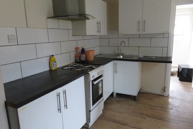 7 bed semi-detached house to rent in Northfield Road, Heston, Hounslow