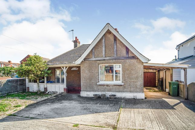 3 bed detached bungalow for sale in Lloyd Terrace, Chickerell Road, Chickerell, Weymouth DT4