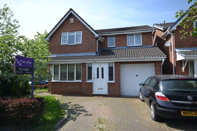 4 bed detached house for sale in Thirlmere Avenue, Astley, Tyldesley, Manchester