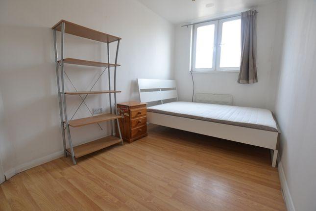 Thumbnail Flat to rent in Hanbury Street, Brick Lane, Shorditch