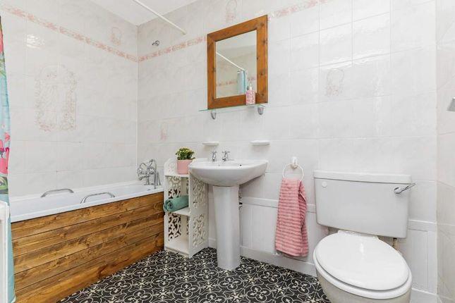 Bathroom of Whitevale Street, Dennistoun, Glasgow G31
