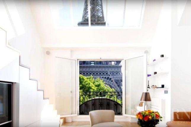 Paris 7th, 75007, France