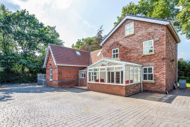 Thumbnail Detached house to rent in Chatsworth Road, Worsley, Manchester