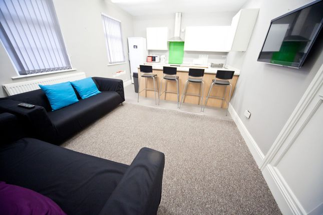 Thumbnail Semi-detached house to rent in Ribblesdale Place, Preston