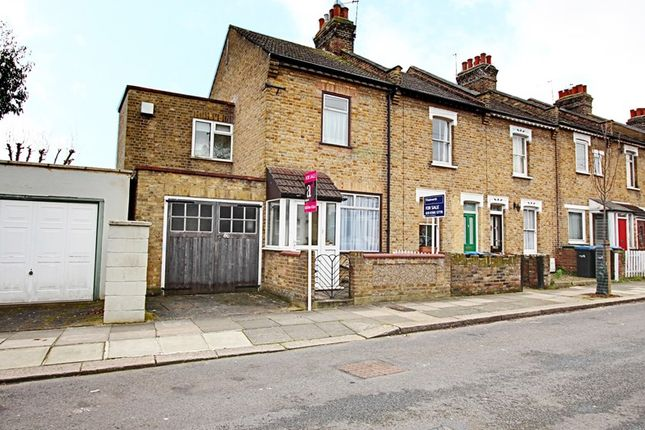 Thumbnail Property for sale in Sterling Road, Enfield