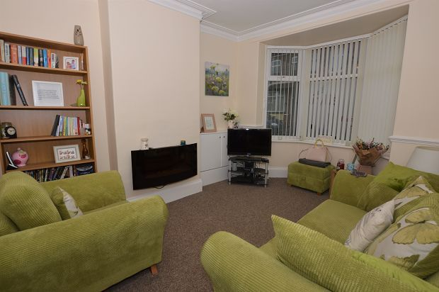 Thumbnail Terraced house to rent in Mary Street East, Horwich