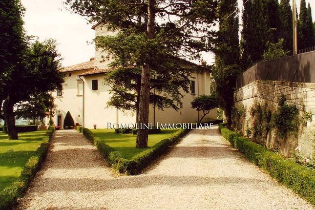 Manor Villa For Sale In Tuscany, Italy