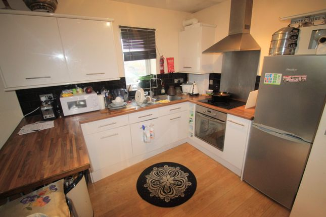 Thumbnail Flat to rent in Red Bridge Hollow, Old Abingdon Road, Oxford