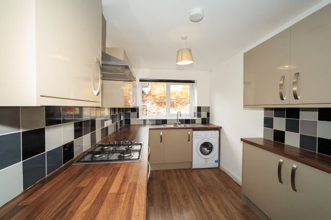 Thumbnail Room to rent in Hudson Road, Southsea