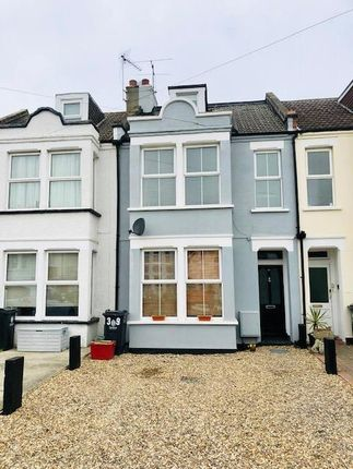 Thumbnail Terraced house to rent in Hayes Road, Clacton-On-Sea