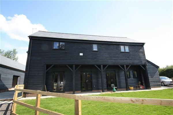 Thumbnail Barn conversion to rent in Home Farm Barns, The Street, Stradishall