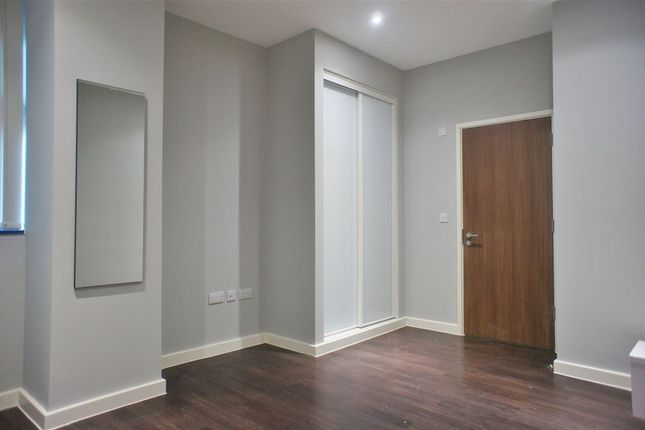 Thumbnail Property to rent in Axis House, 242 Bath Road, Hounslow