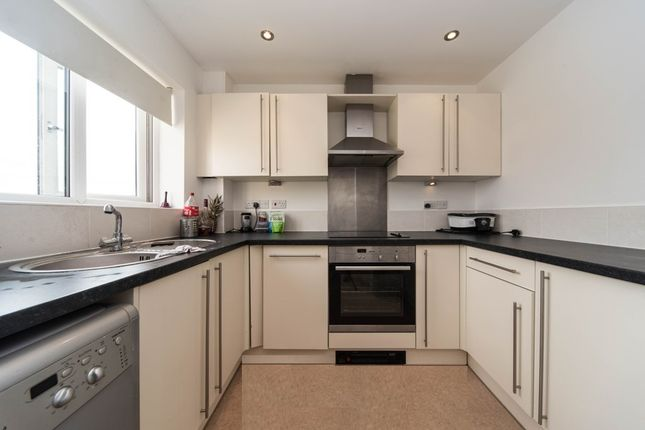 Thumbnail Flat to rent in Rotherham Road, Sheffield