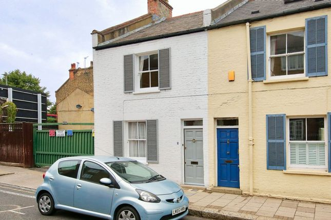 Thumbnail Terraced house to rent in Frogmore, Wandsworth
