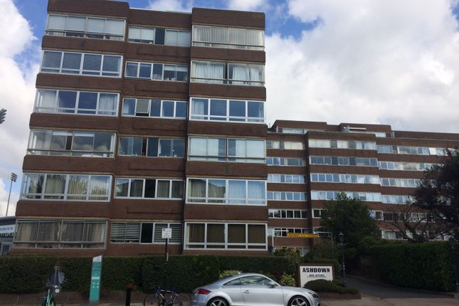 Thumbnail Flat to rent in Eaton Road, Hove